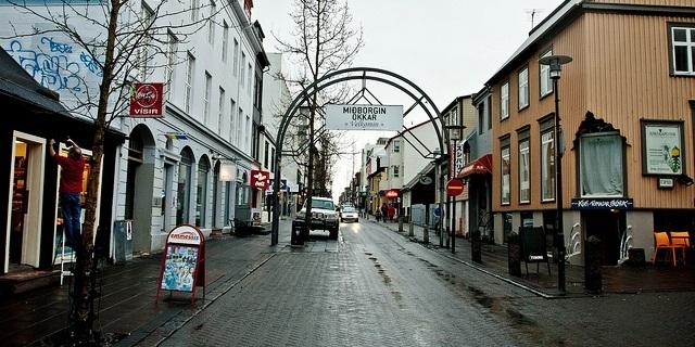 Laugavegur-iceland-shopping