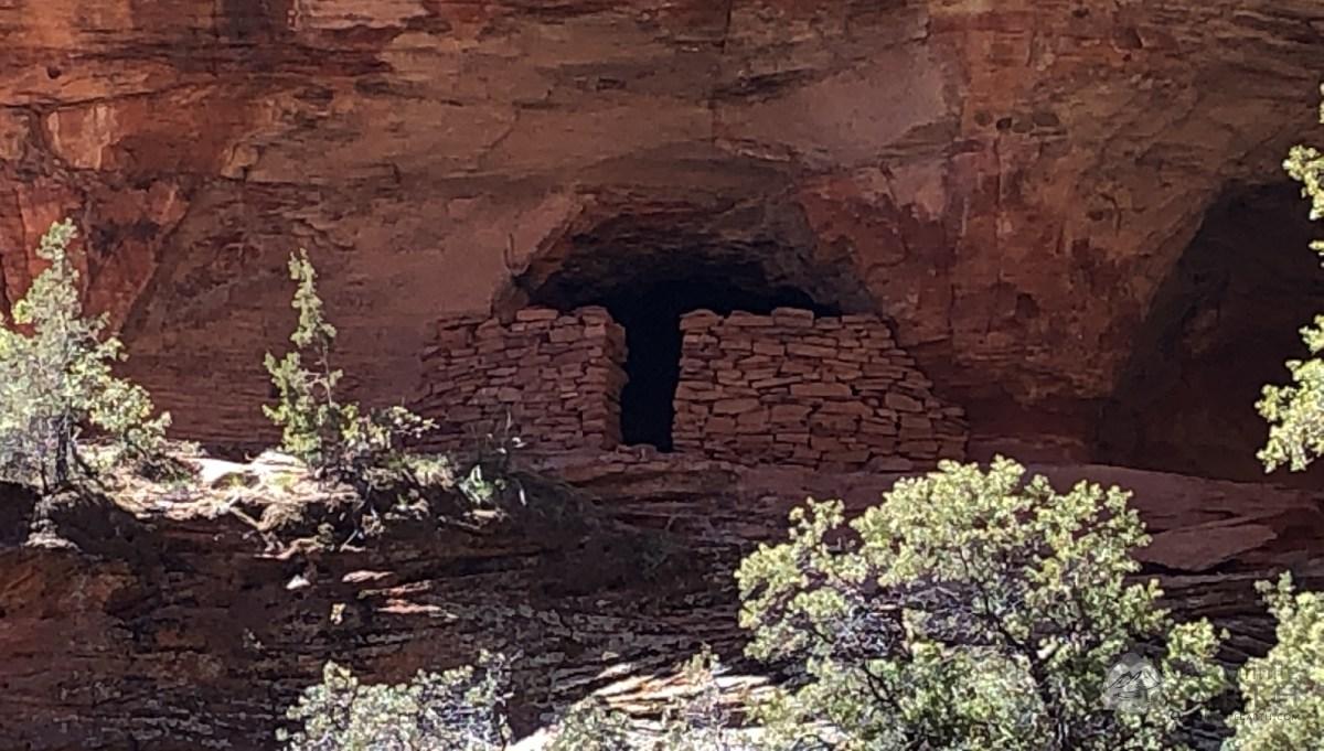 subway-cave-ruins